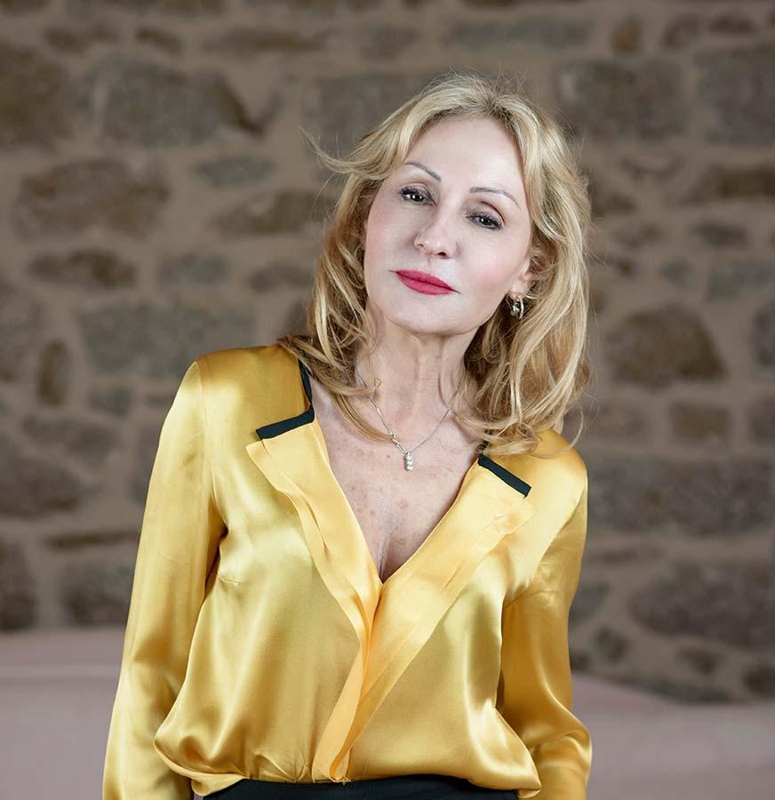 Laura Mancini - Cantina delle Vigne di Piero Mancini